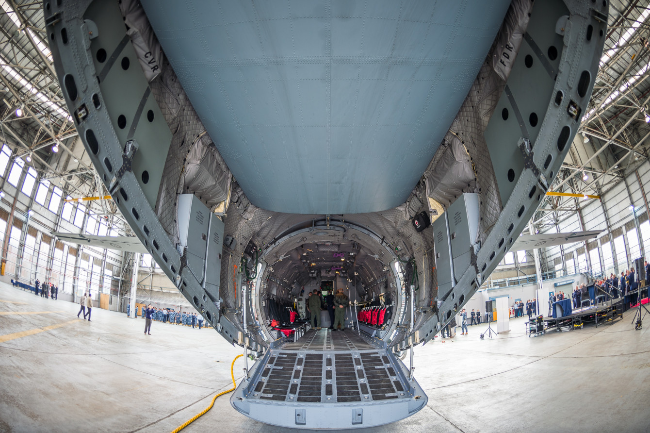 First_RAAF_C-27J_Spartan_Arrives_at_RAAF_Base_Richmond_4